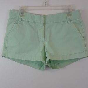 J. CREW 6 BROKE-IN CHINO SHORTS